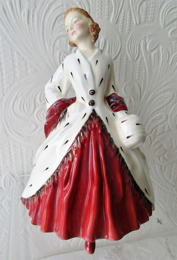 "Vintage Royal Doulton English Porcelain Figurine ~ ""The Ermine Coat"" ~ HN 1981"