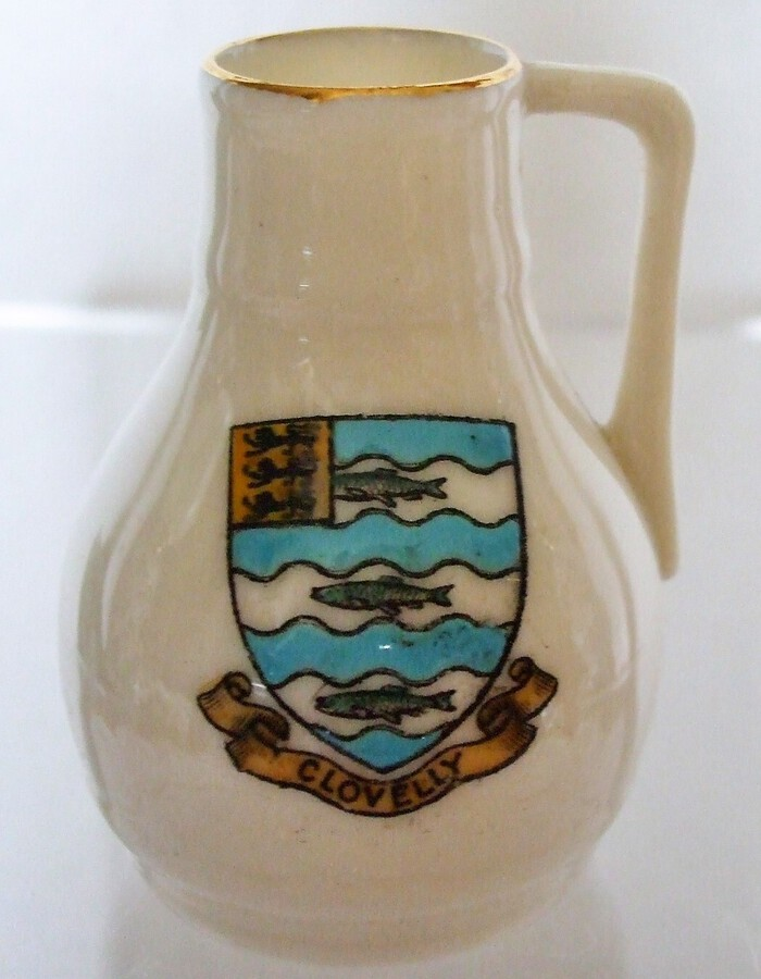 W.H. Goss ~ Devon Oak Pitcher ~ A.C.C. No. 84 ~ Clovelly ~ *** MATCHING ARMS ***