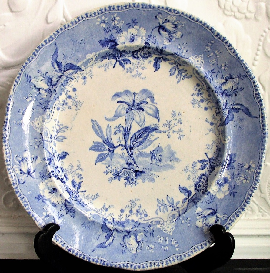 Antique Antique English Victorian Blue and White Transfer