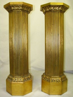 Antique  20th Century Italian Pair Of Gilded Wood Columns / Pedestals / Stands