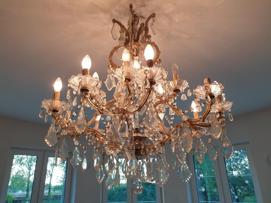 French Crystal and Glass Marie Therese Chandelier with Fifteen Light '2 Levels'