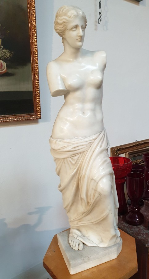 "Sculpture ""The Venus Of Milo"" Carrara Marble, Turn of the 19th-20th Century"