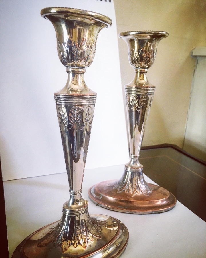 Elegant pair of OSP Georgian weighted candlesticks
