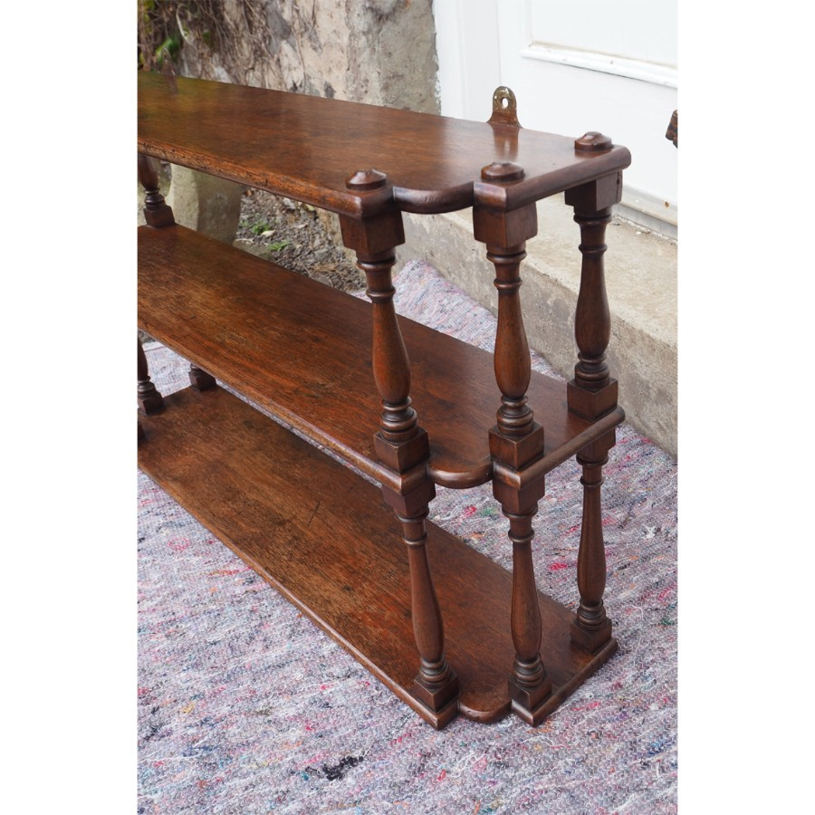 Antique GEORGIAN MAHOGANY BREAKFRONT HANGING SHELVES