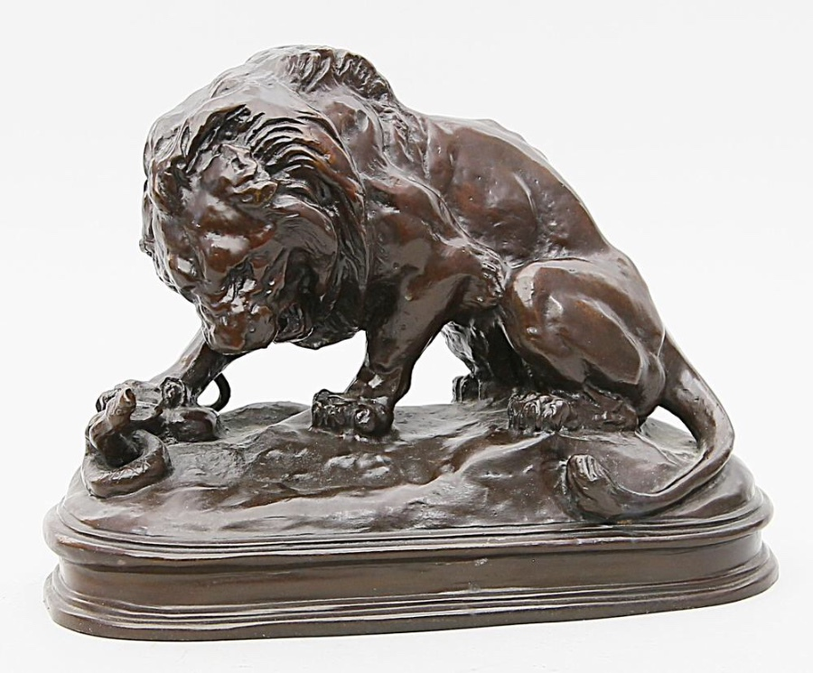 A.L. BARYE  large bronze patined « lion with a snike »