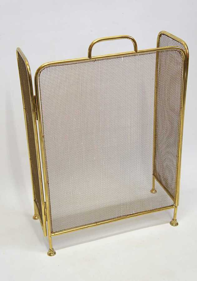 Elegant Early 20th C  Brass and Wire folding fire guard/fire screen