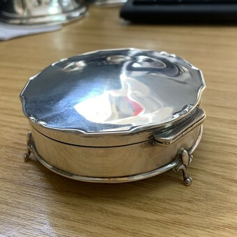 Antique 1913 Antique Sterling Silver Mappin and Webb Trinket Box