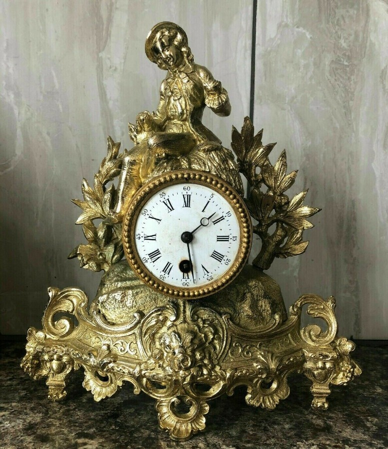 RARE ANTIQUE SPELTER GILT FRENCH VINTAGE GILDED BRASS FIGURAL MANTEL CLOCK