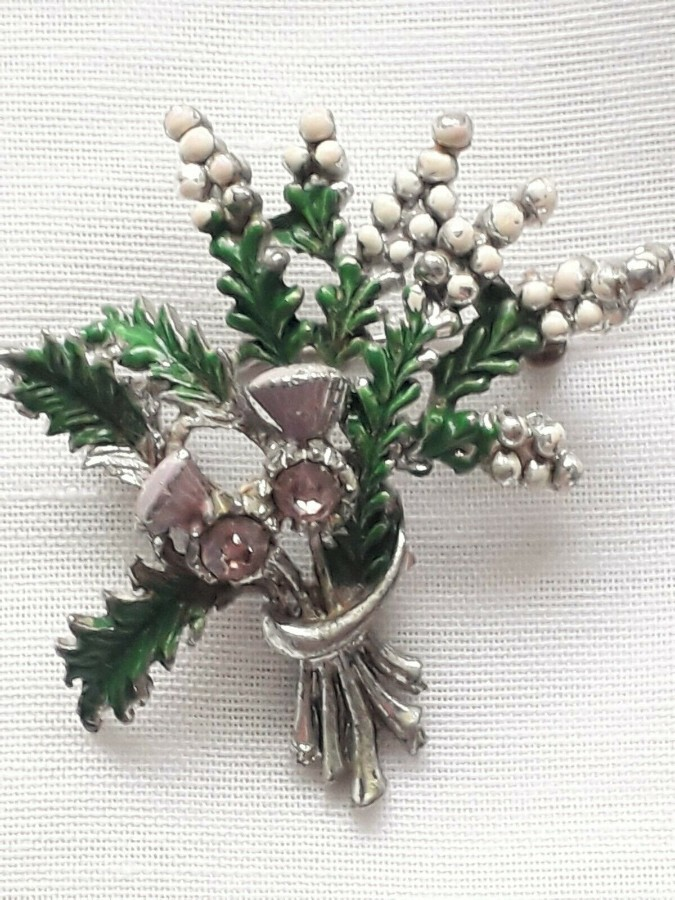 Vintage Exquisite Thistle and Heather Rhinestone Brooch Costume Jewellery Pin