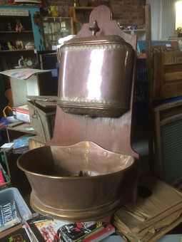 Copper Wash Basin & Water Tank