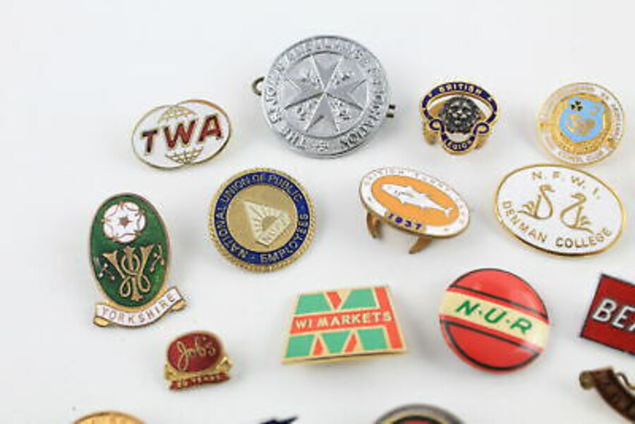 Antique 25 x Assorted Vintage Pin BADGES Inc Enamel, Union, Masonic, WI, School Etc