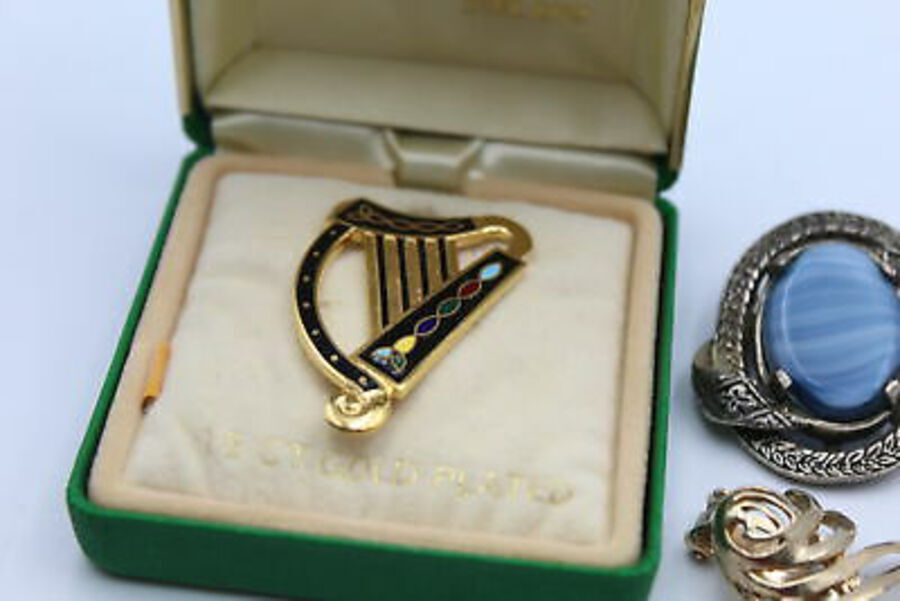 Antique 12 x Vintage CELTIC / IRISH Jewellery inc. Claddagh, Gold Plated, Miracle, Harp