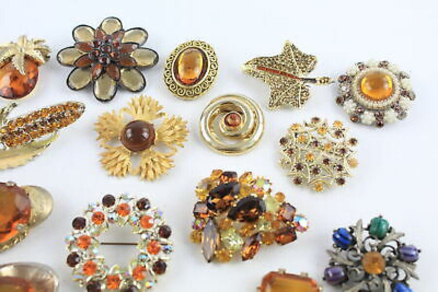 Antique 25 x Vintage BROOCHES inc. Exquisite, Tigers Eye, Statement, Floral, Scarf Clip