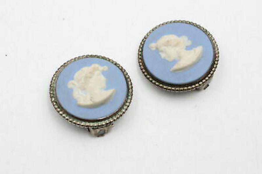 Antique 2 x Vintage .925 Sterling Silver WEDGEWOOD JEWELLERY Inc. Clip Ons, Ring (9g)