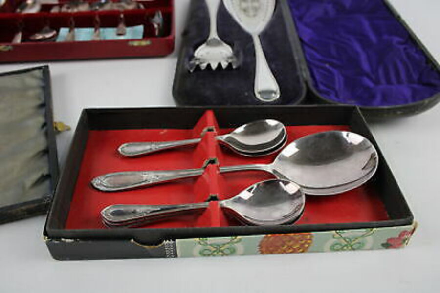 Antique 5 Sets Of Boxed SILVER PLATE Cutlery Inc. Cake Servers, Teaspoons, Pastry Forks