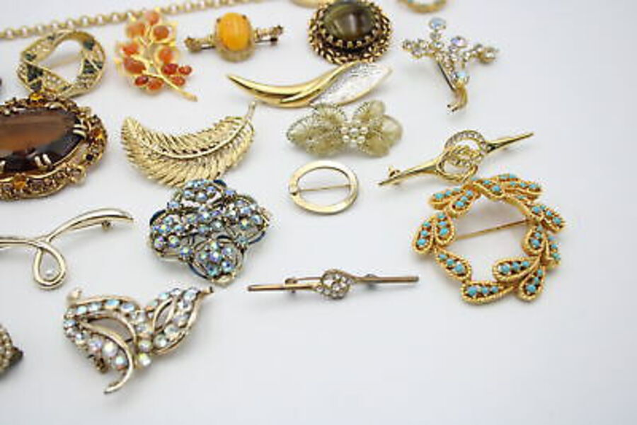 Antique 25 x Vintage & Retro BROOCHES inc. Bar Brooch, Aurora, Floral, Bows, Statement