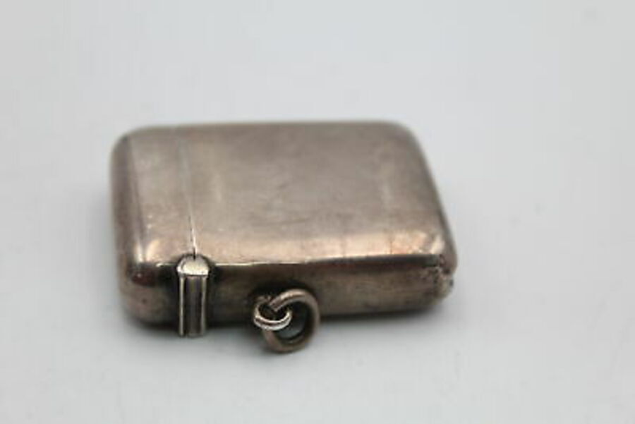 Antique Antique Hallmarked 1900 Chester STERLING SILVER Plain Vesta Case (24g)