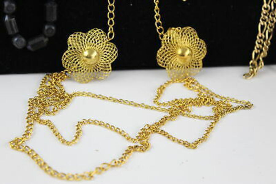 Antique 20 x Vintage & Retro 1980s JEWELLERY w/ Gold Tone, Bangles, Necklaces, Earrings