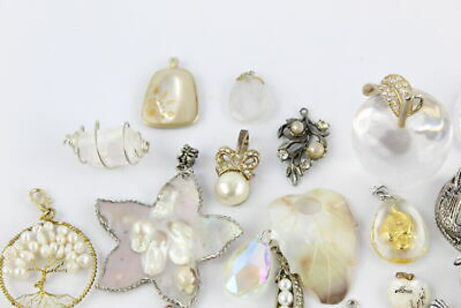 Antique 100 x Vintage & Retro PENDANTS inc. Movitex, Rose Quartz, Pearl, MOP, Shell