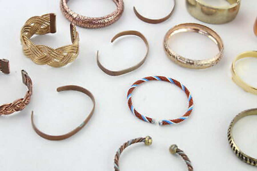 Antique 60 x Vintage & Retro Brass & Copper BANGLES inc. Modernist, MOP