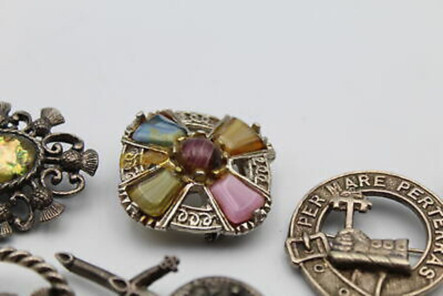 Antique 10 x Vintage SCOTTISH Jewellery inc. Thistle, Enamel, Stags, Scarf Clips