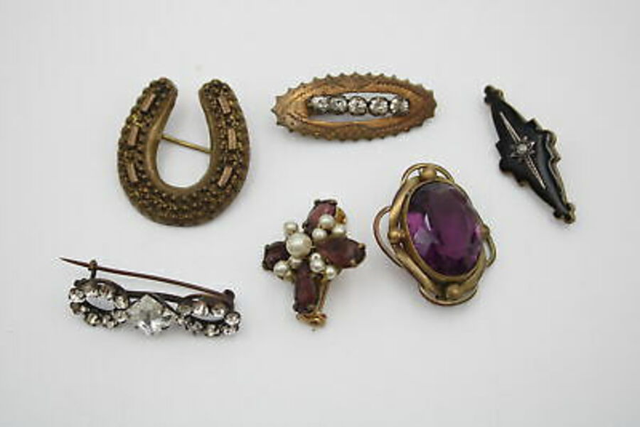 Antique 6 x Antique BROOCHES inc. Mourning, Paste, Lucky Horseshoe, Cross