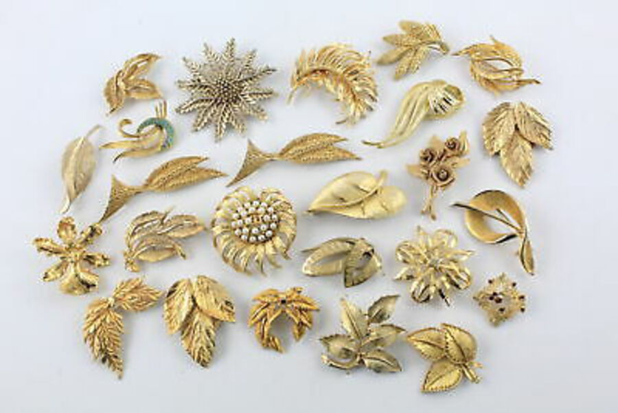 Antique 25 x Vintage & Retro BROOCHES inc. Modernist, Hollywood, Foliate, Faux Pearl