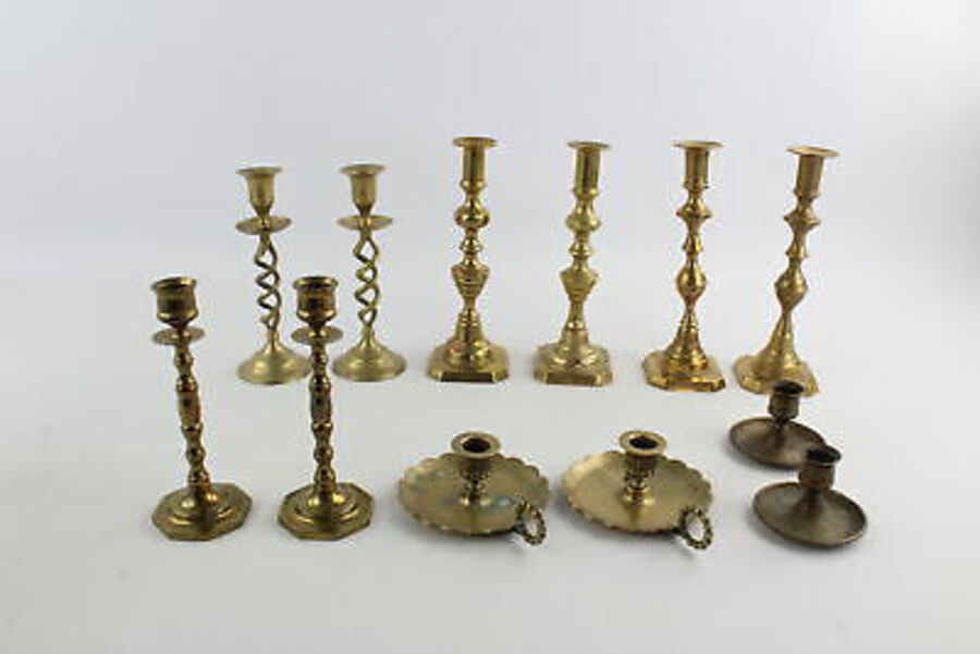 Antique 12 x Vintage BRASS Candlesticks / Holders Inc. Pairs, Chambersticks Etc (4628g)