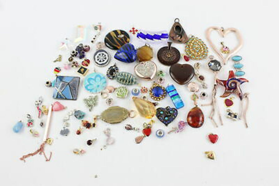 Antique 100 x Vintage & Retro PENDANTS inc. Kitsch, Enamel, Glass, Charms, Locket, Rose