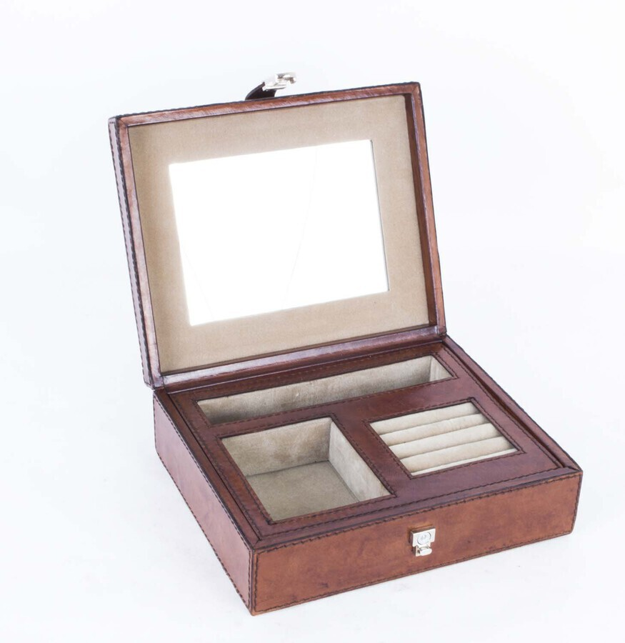 English Hand Made Leather Jewellery Box