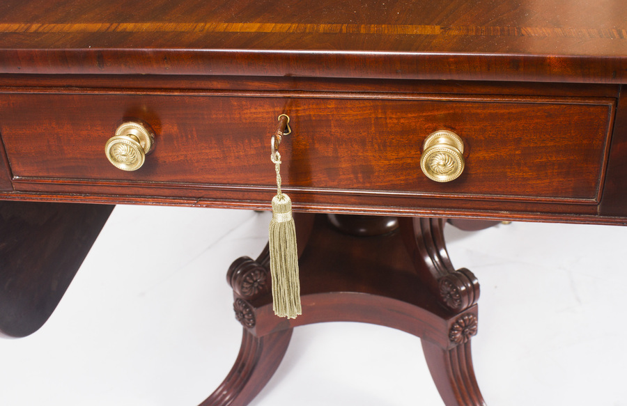 Antique Antique Regency George III Pembroke Table Gillows c.1820