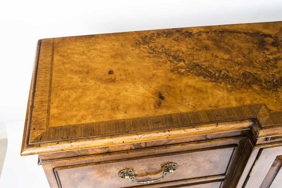 Antique Bespoke Burr Walnut Sideboard Chiffonier