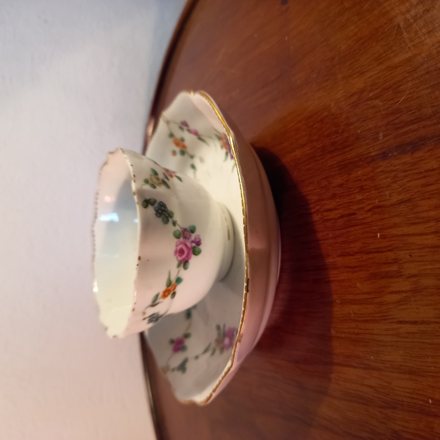 Chelsea Derby Tea Bowl & Saucer