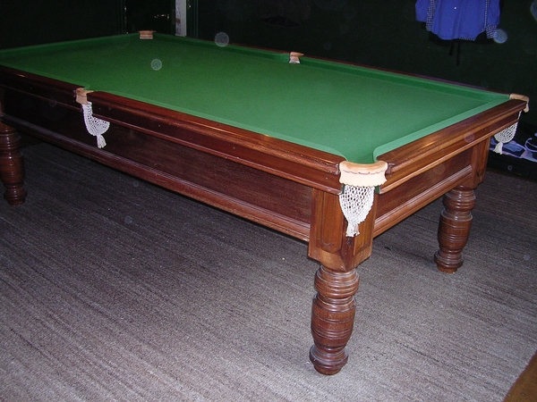 8ft x 4ft (half size) Billiards Table