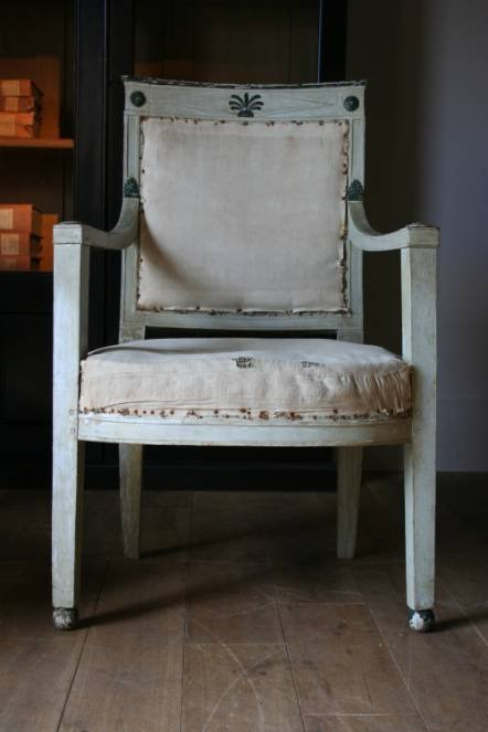 Antique A superb pair of French Empire period painted armchairs